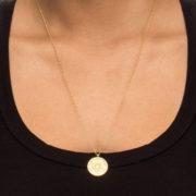 Gouden sieraad met speciale betekenis: Dankbaarheids mandala