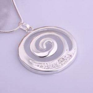 Prachtige Symbolische Zilveren Ketting met speciale betekenis voor Gecentreerd zijn, kracht en je intuïtie volgen - Koop dit cadeau op inspirerendwinkelen.nl