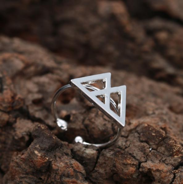 Verstelbare ring met speciale betekenis voor kracht! - bestel op Inspirerendwinkelelen.nl