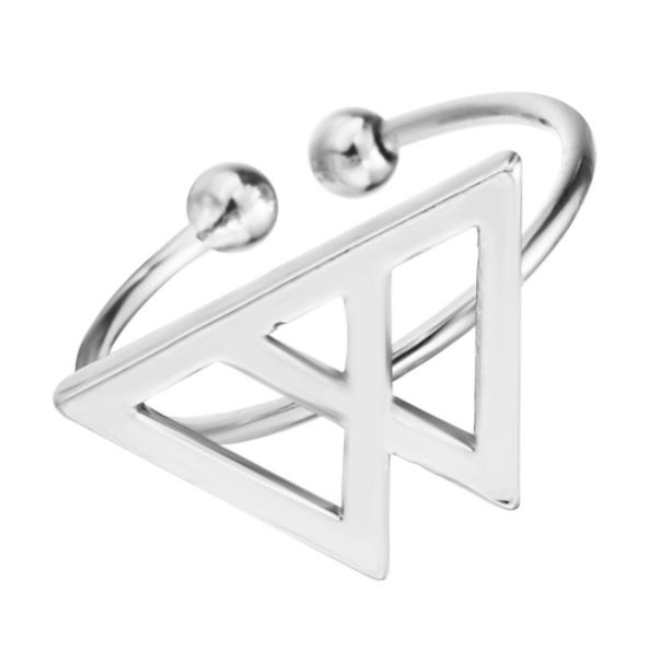Zilverkleurige verstelbare ring voor veerkracht. Symbolische ring met bergen - www.inspirerendwinkelen.nl