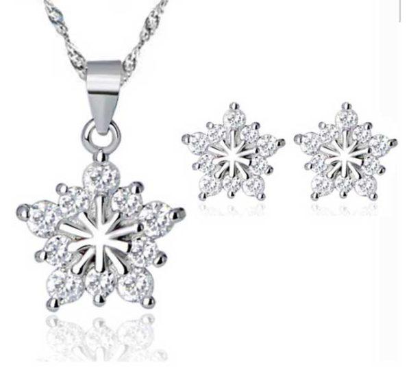 Kerst geschenk: prachtige sieraden set met een sneeuwster, symbool voor harmonie en schoonheid - Bestel op inspirerendwinkelen.nl