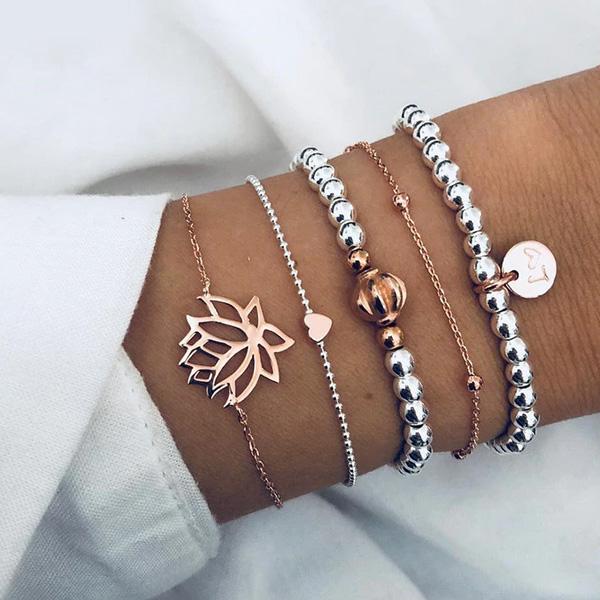 Lotus armband Zilver en Goudkleurig - cadeau met betekenis