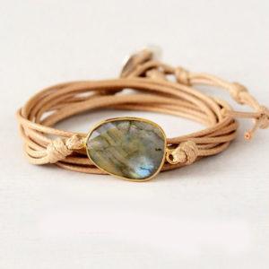 Yoga armbandjes - bestel deze Energie meditatie armband met Labradorietsteen voor energie en geluk - sieraden met betekenis